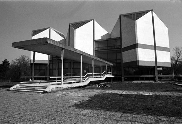 ART MUSEUM (3)