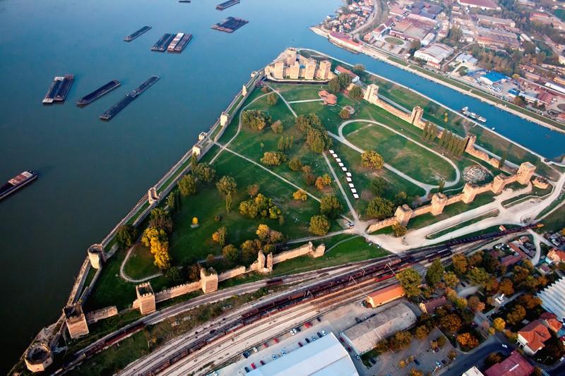 smedervo-fortress