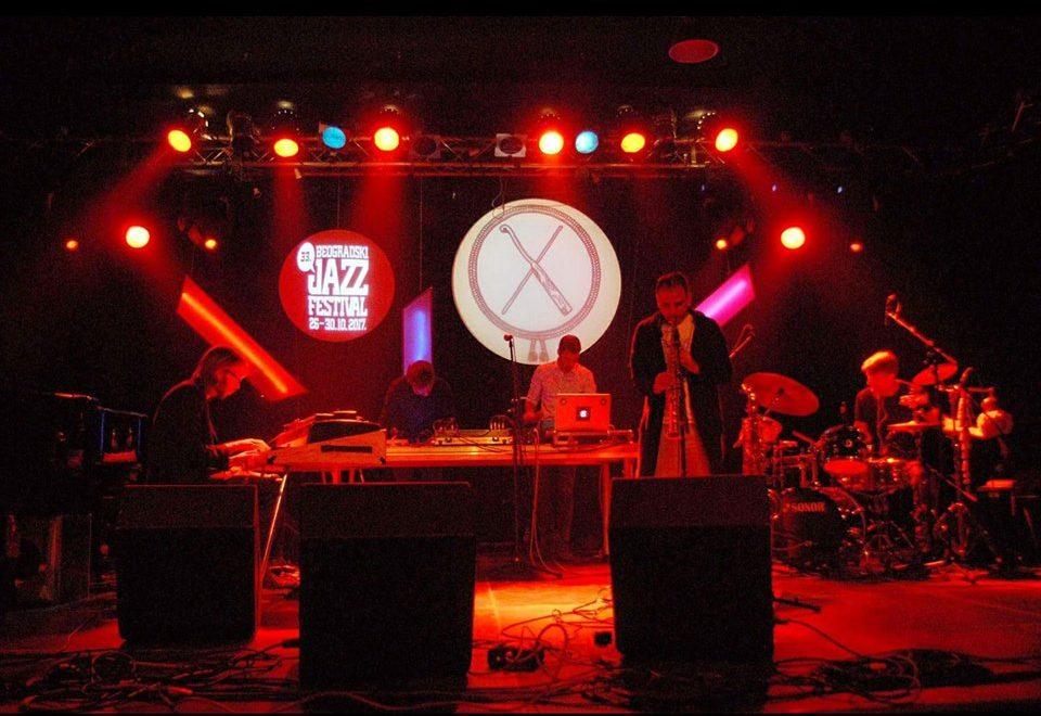 TAPAN LIVE Jam Session + Dj Schwaba & Toshke at 20/44
