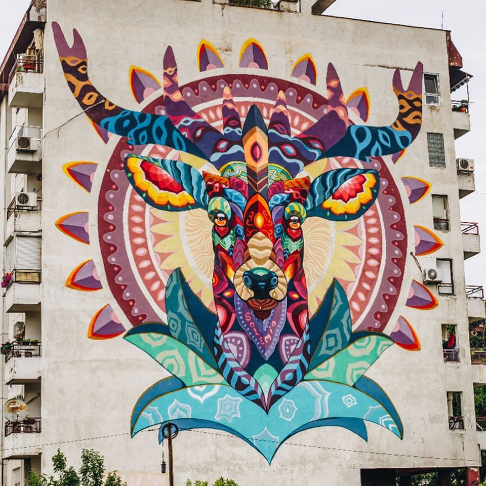 deer-mural-farid-rueda