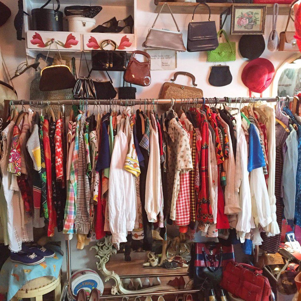 smizla second hand and vintage store Belgrade