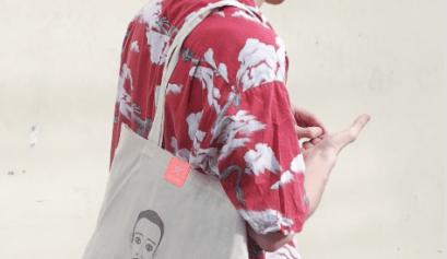 art walk bags